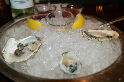 shuckers oyster seattle