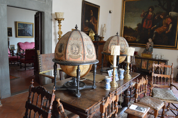 globe room