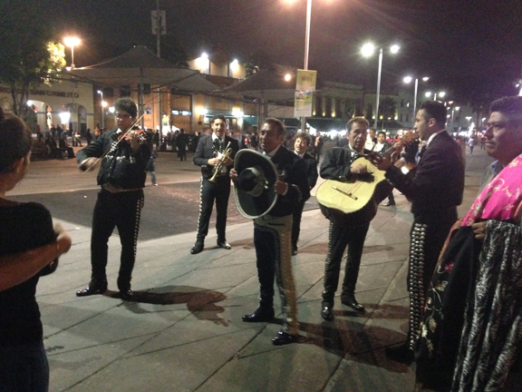 plaza garibaldi mexico mariachis