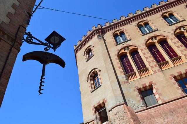 barolo castle tour