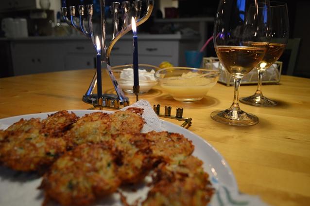chanukah-hanukkah-christmas-eve-same-night