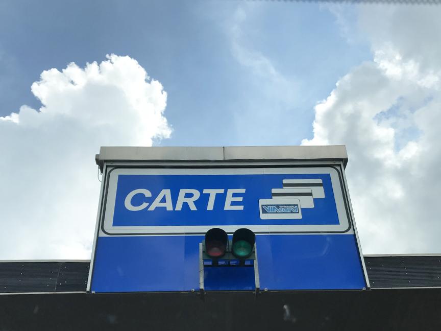 Italy driving tips: speeding tickets, tolls, international